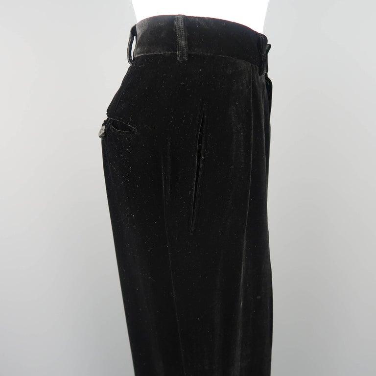 DONNA KARAN Size 8 Black Velvet High Rise Pleated Dress Pants For Sale 2