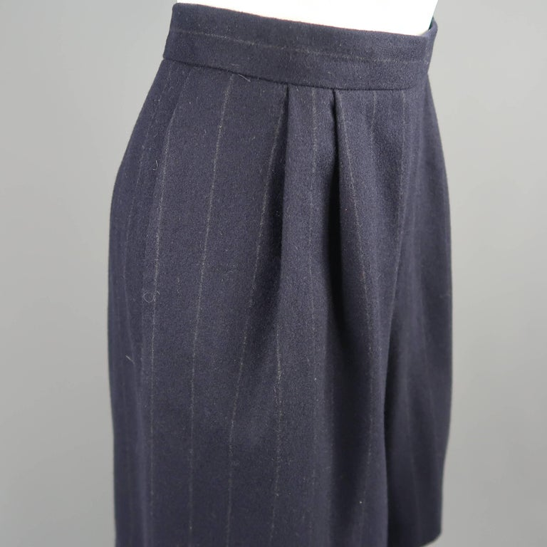 Black RALPH LAUREN Size 8 Navy Wool Dress Short Pants For Sale