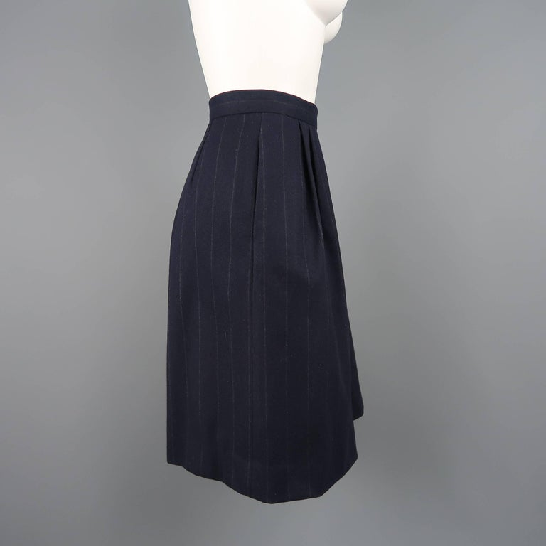RALPH LAUREN Size 8 Navy Wool Dress Short Pants In Good Condition For Sale In San Francisco, CA