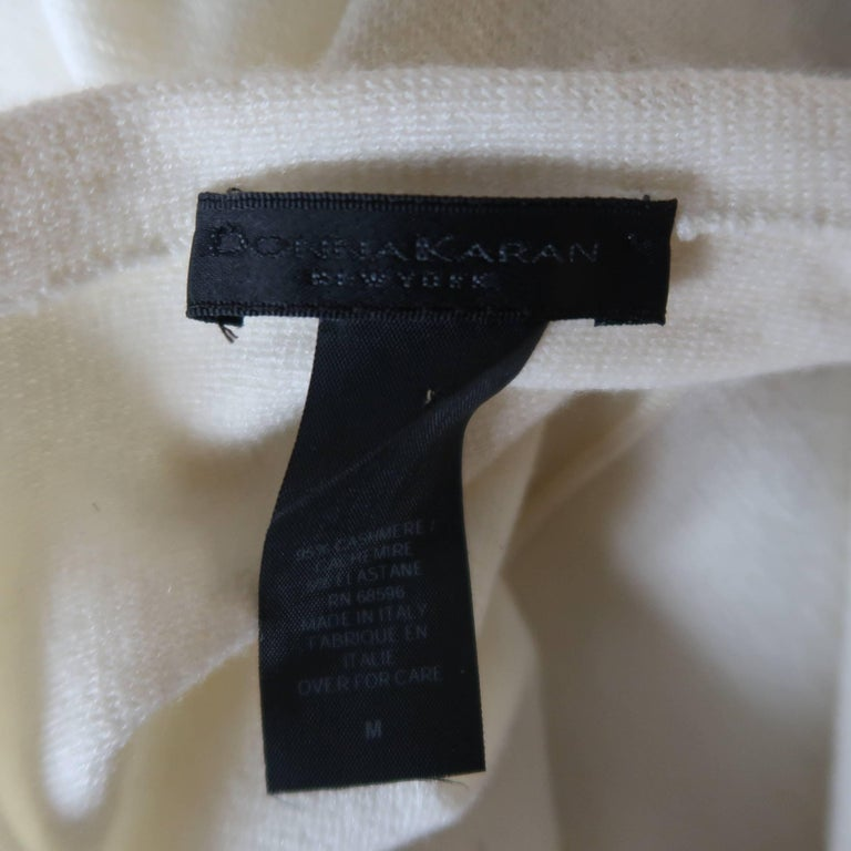 DONNA KARAN Size M Cream Cashmere Turtleneck Sweater Dress For Sale 4
