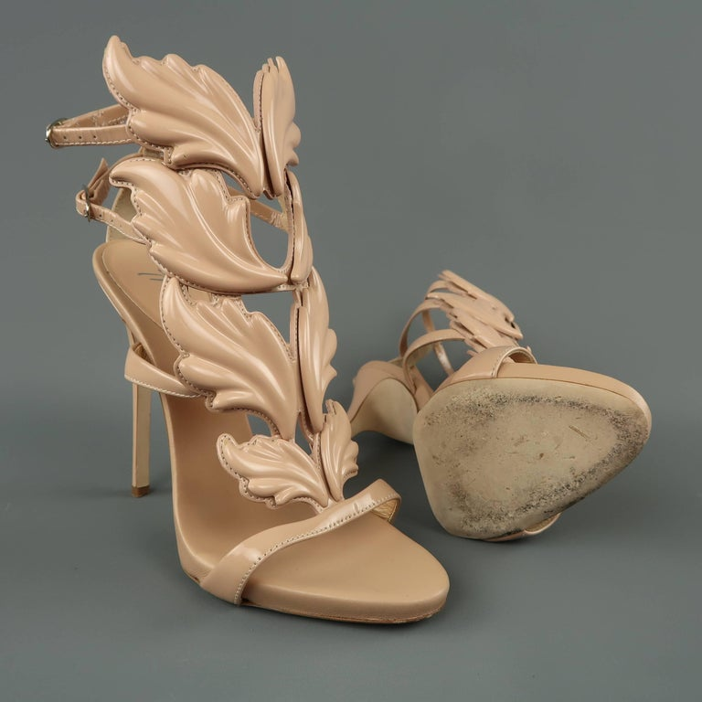 GIUSEPPE ZANOTTI Size 8 Beige Patent Leather COLINE Wings Sandals In Excellent Condition For Sale In San Francisco, CA