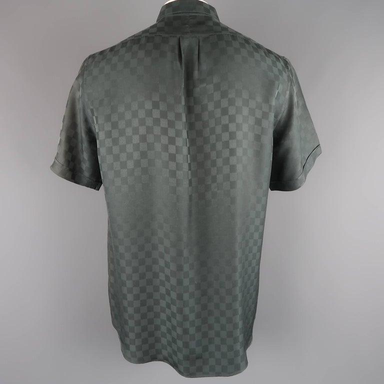 5daae21a Louis Vuitton Charcoal Damier Checkered Silk Short Sleeve Shirt For Sale 2