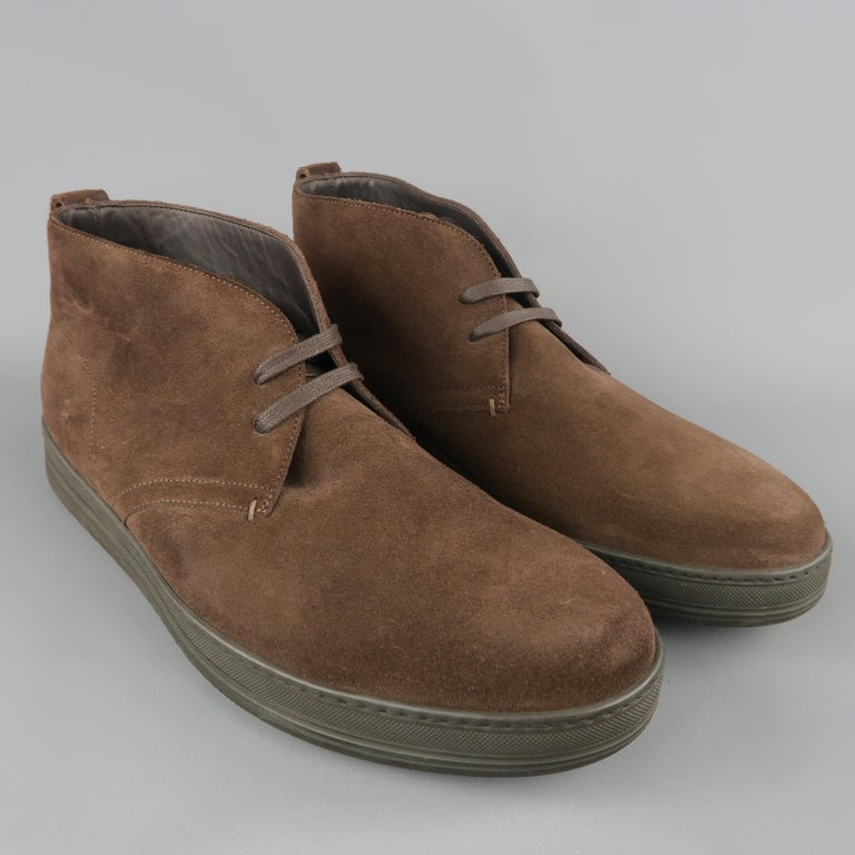 TOM FORD casual chukka boots come in rich brown suede with a round toe, lace up front, and thick rubber sole. Made in Italy.   Good Pre-Owned Condition. Marked: IT 45, fit is closer to US 11   Outsole: 12 x 4 in.