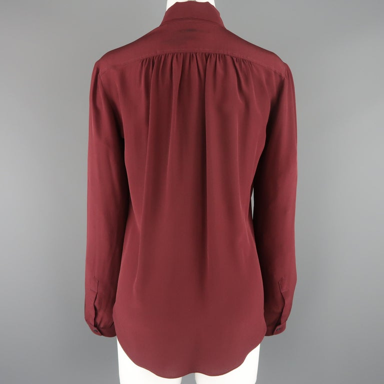 BURBERRY PRORSUM Size 6 Burgundy Silk Bow Collar Blouse In Fair Condition For Sale In San Francisco, CA