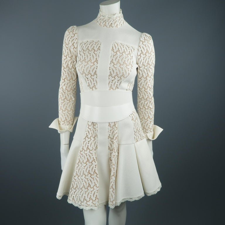 Alexander McQueen White Cream Lace Cocktail Dress, Pre-Fall 2015 Runway For Sale 6