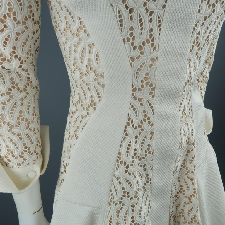 Alexander McQueen White Cream Lace Cocktail Dress, Pre-Fall 2015 Runway For Sale 2