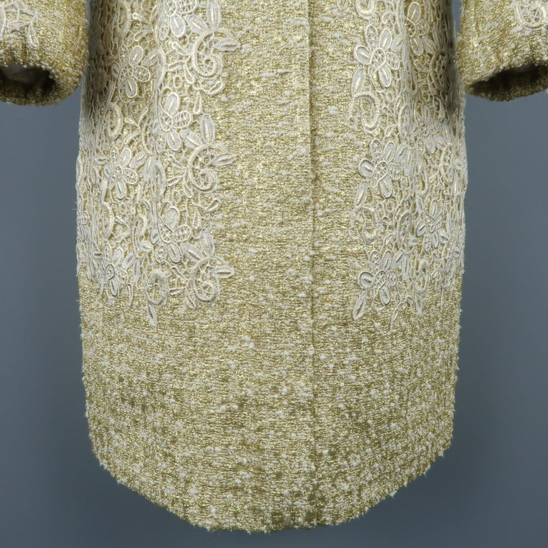 GIAMBATTISTA VALLI Metallic Gold Cotton / Silk Lace Overlay Cocktail Coat-Dress For Sale 1