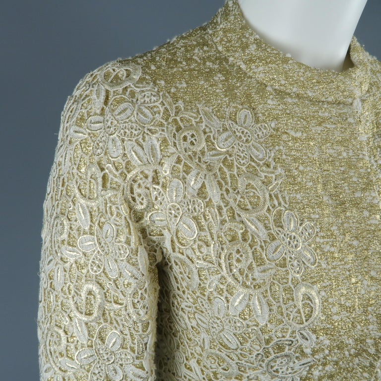 GIAMBATTISTA VALLI Metallic Gold Cotton / Silk Lace Overlay Cocktail Coat-Dress In Excellent Condition For Sale In San Francisco, CA