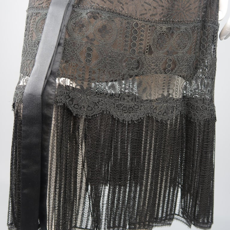 Richard Tyler Dress - Black Lace Ruffled Skirt Sleeveless Beaded Belt For Sale 3