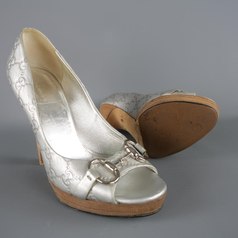 738e116ce Beige GUCCI Size 7.5 Silver Guccissima Monogram Embossed Leather Horsebit  Pumps Heels For Sale