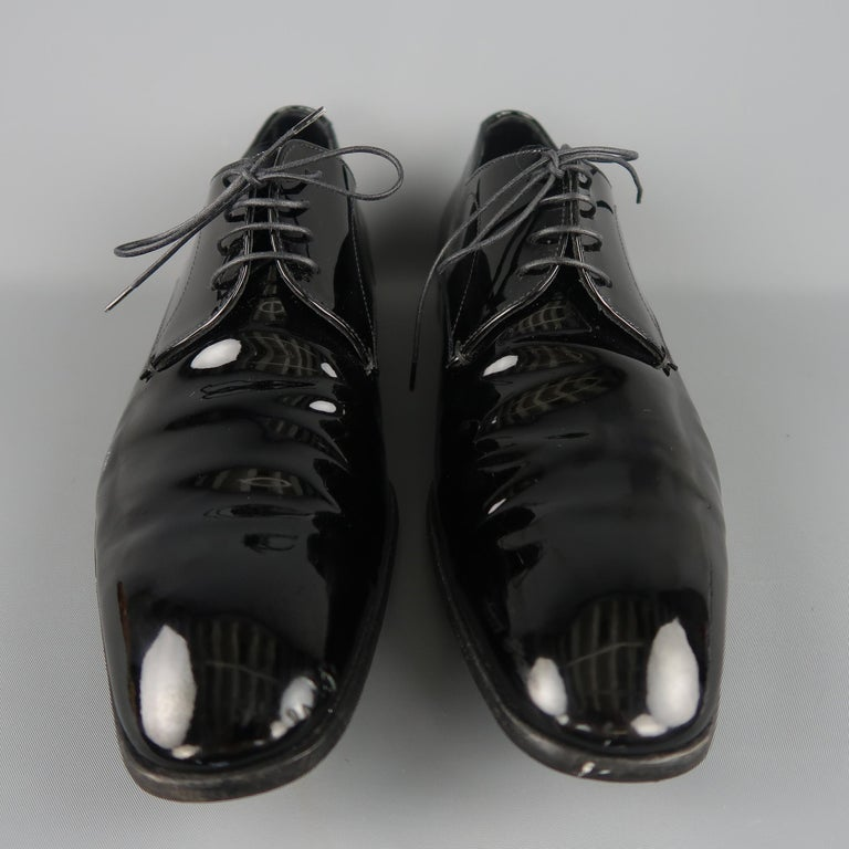 Men's Prada Black Patent Leather Tapered Toe Lace Up Dress Shoes For Sale