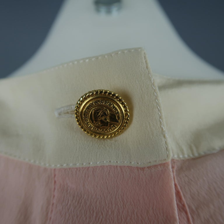 Women's Chanel Pink and Cream Sleeveless Collar Silk Blouse For Sale