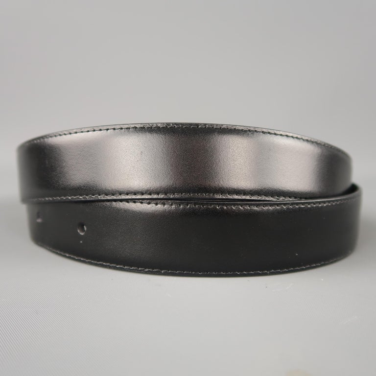 MONT BLANC Size 40 Black & Brown Reversible Leather Belt In Good Condition For Sale In San Francisco, CA