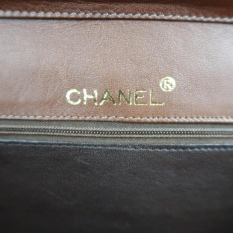 Vintage 80er Jahre CHANEL zwei Braunton Goldketten CC Schultertasche 9