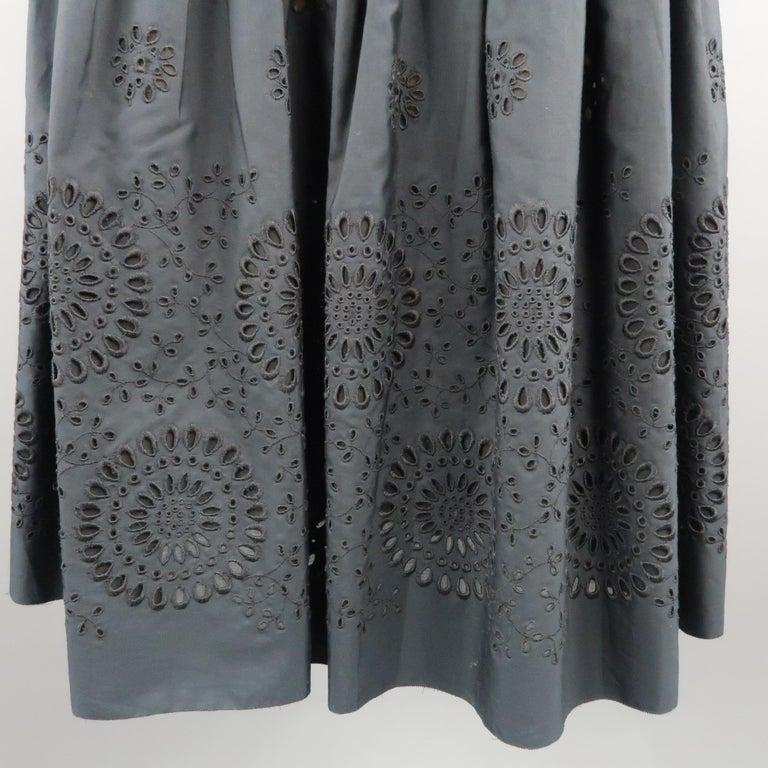 Black PRADA Size 2 Navy Cotton A-line Eyelet Skirt For Sale
