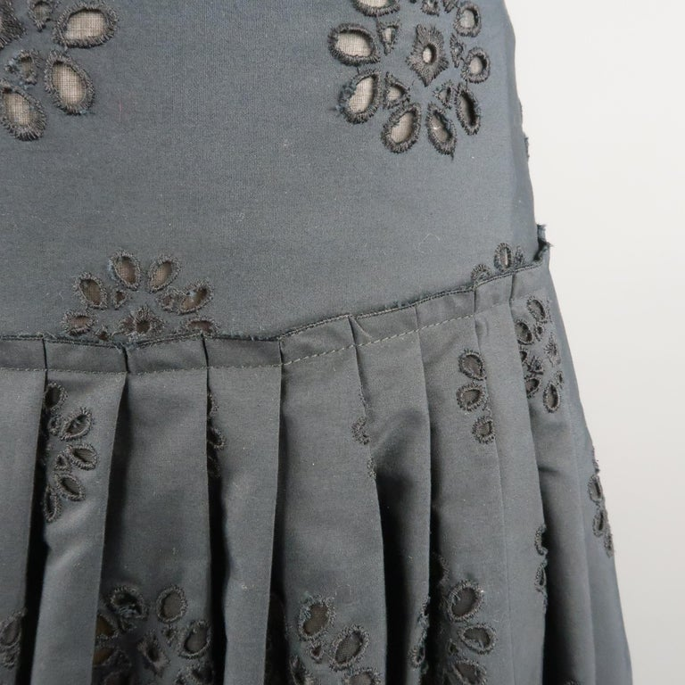 PRADA Size 2 Navy Cotton A-line Eyelet Skirt In Excellent Condition For Sale In San Francisco, CA