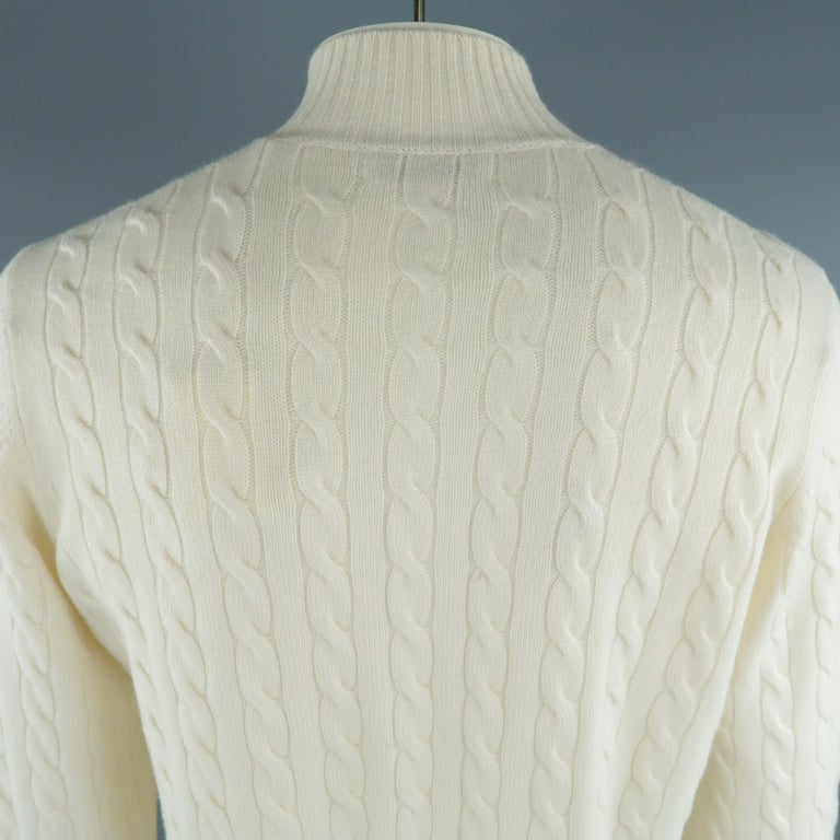BRUNELLO CUCINELLI Size 44 Cream Cable Knit Cashmere Henley Sweater For Sale 2