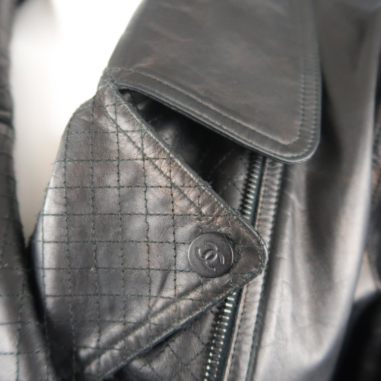 Women's CHANEL Leather Jacket - Size 10 Black Quilted Leather CC Zip Motorcycle Jacket For Sale
