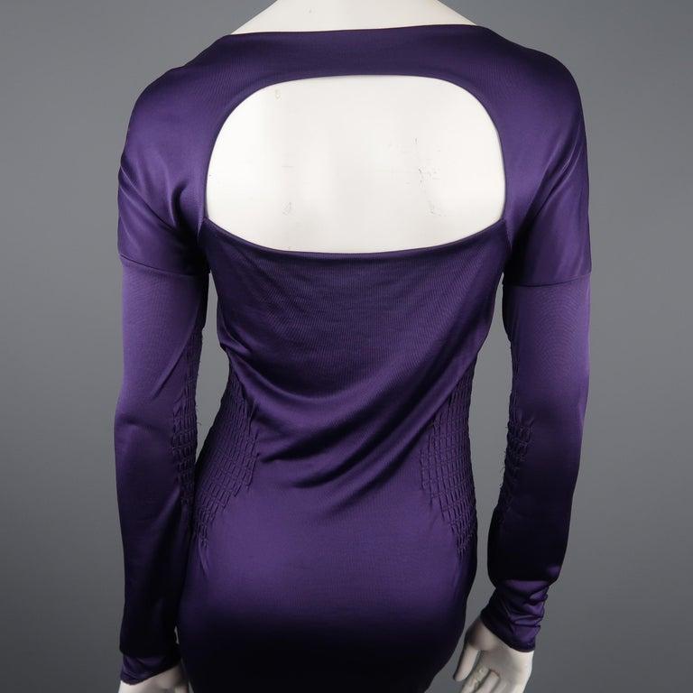 GUCCI Size M Purple Keyhole Cutout Long Sleeve Cocktail Sheath Dress For Sale 2