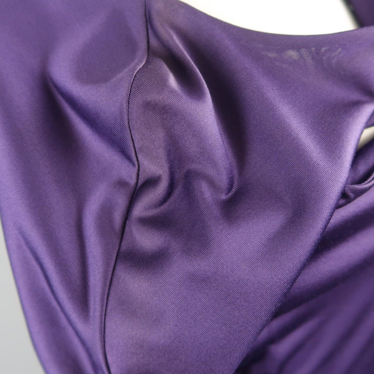GUCCI Size M Purple Keyhole Cutout Long Sleeve Cocktail Sheath Dress For Sale 3