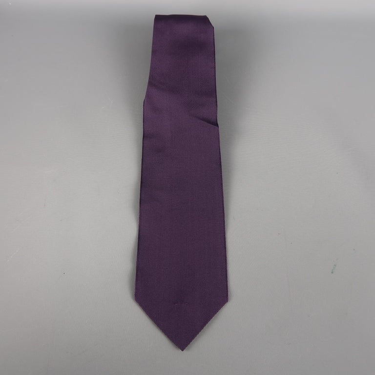 LANVIN tie come in purple and navy tones in solid silk material. Made in France.   Excellent Pre-Owned Condition.   Width: 3 in.
