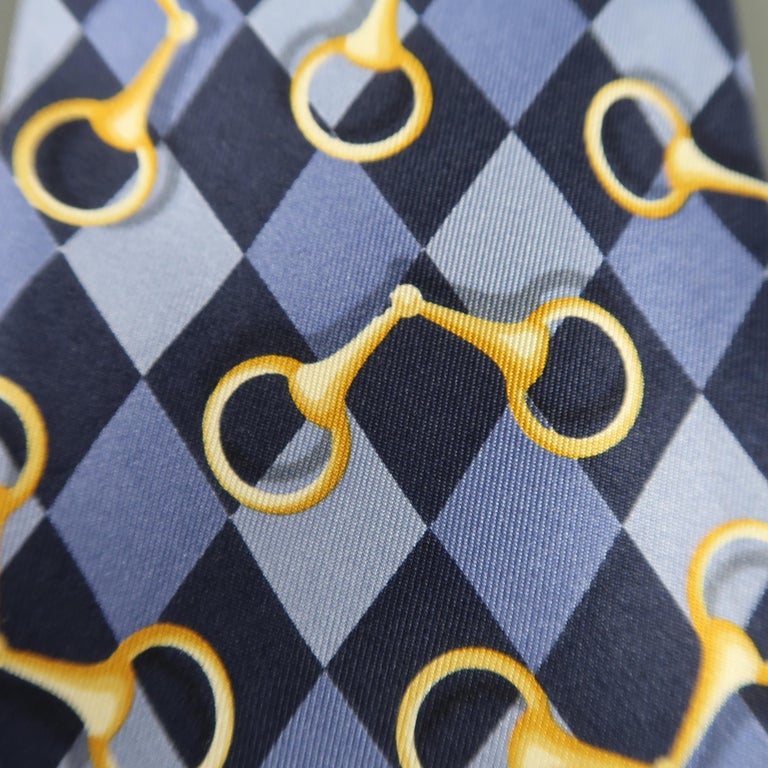 GUCCI Purple Rhombus Horsebit Silk Tie In Excellent Condition For Sale In San Francisco, CA