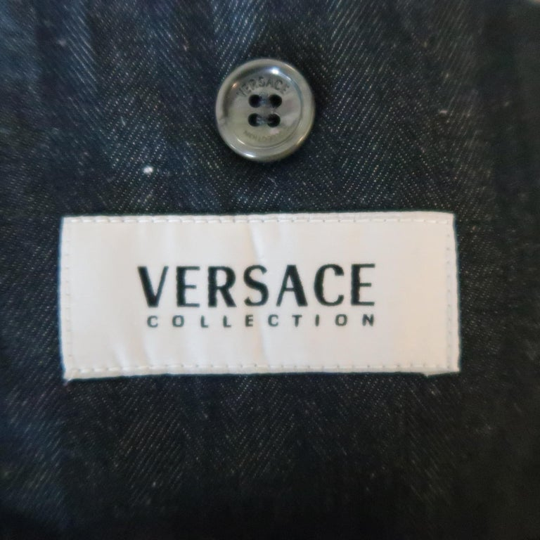 VERSACE COLLECTION 46 Long Indigo Herringbone Cotton / Linen Sport Coat For Sale 2
