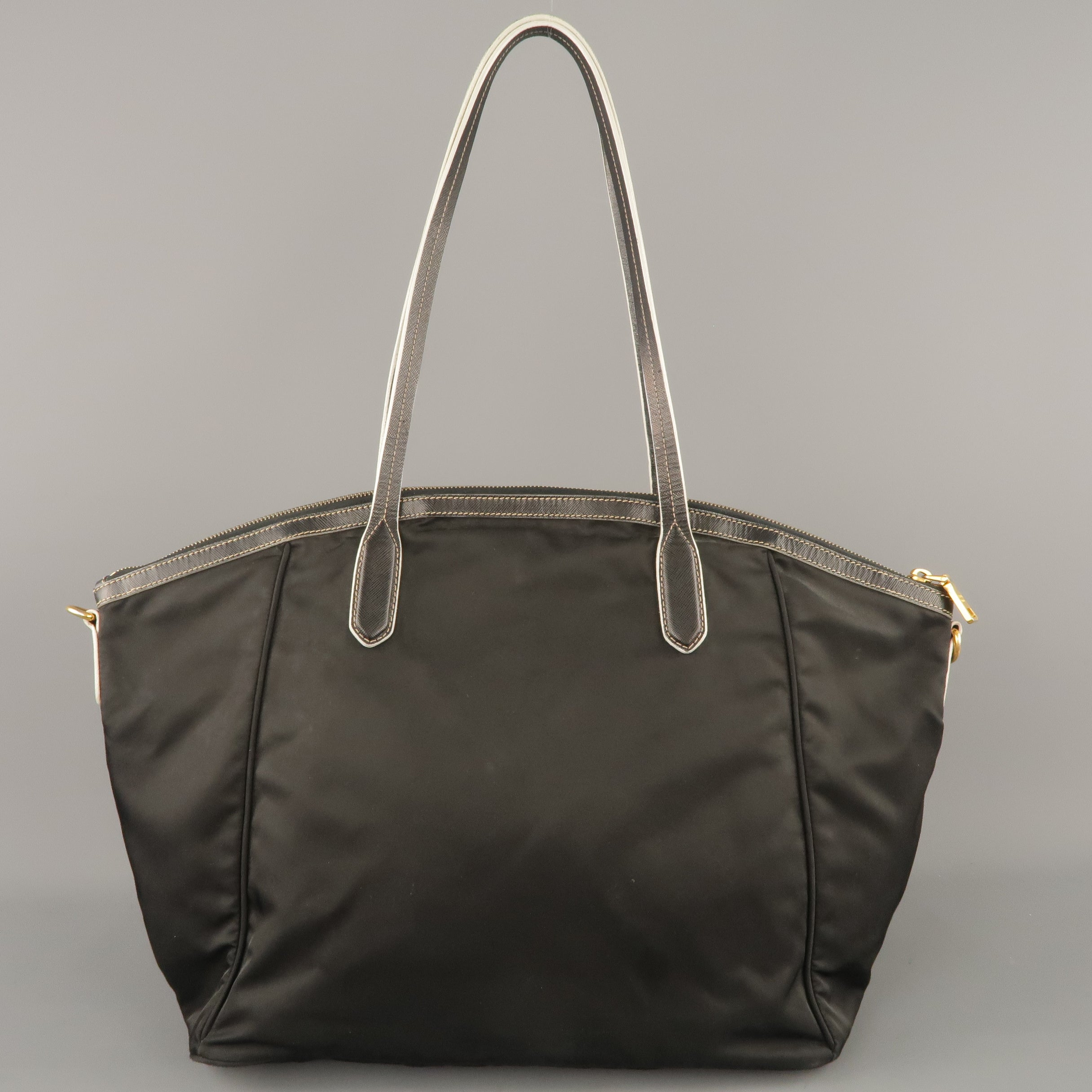 5da22464d2 PRADA Black Nylon and Leather Tote Handbag at 1stdibs