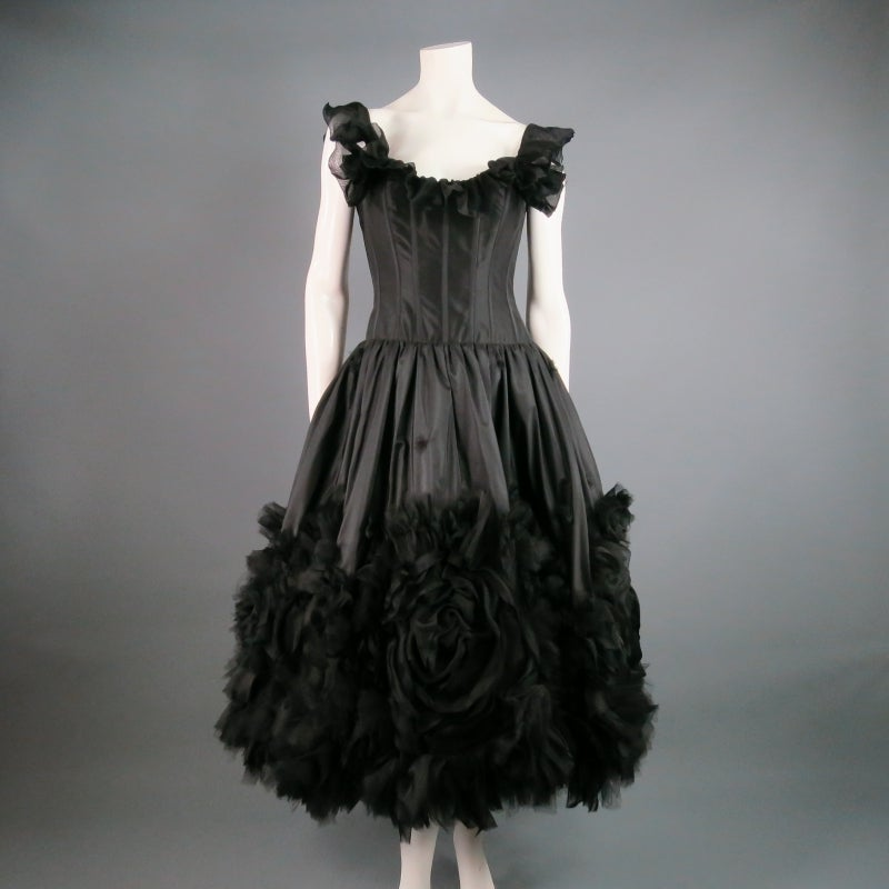 2007s OSCAR DE LA RENTA Size 6 Black Silk Cocktail Dress, Large Floral Detail 5
