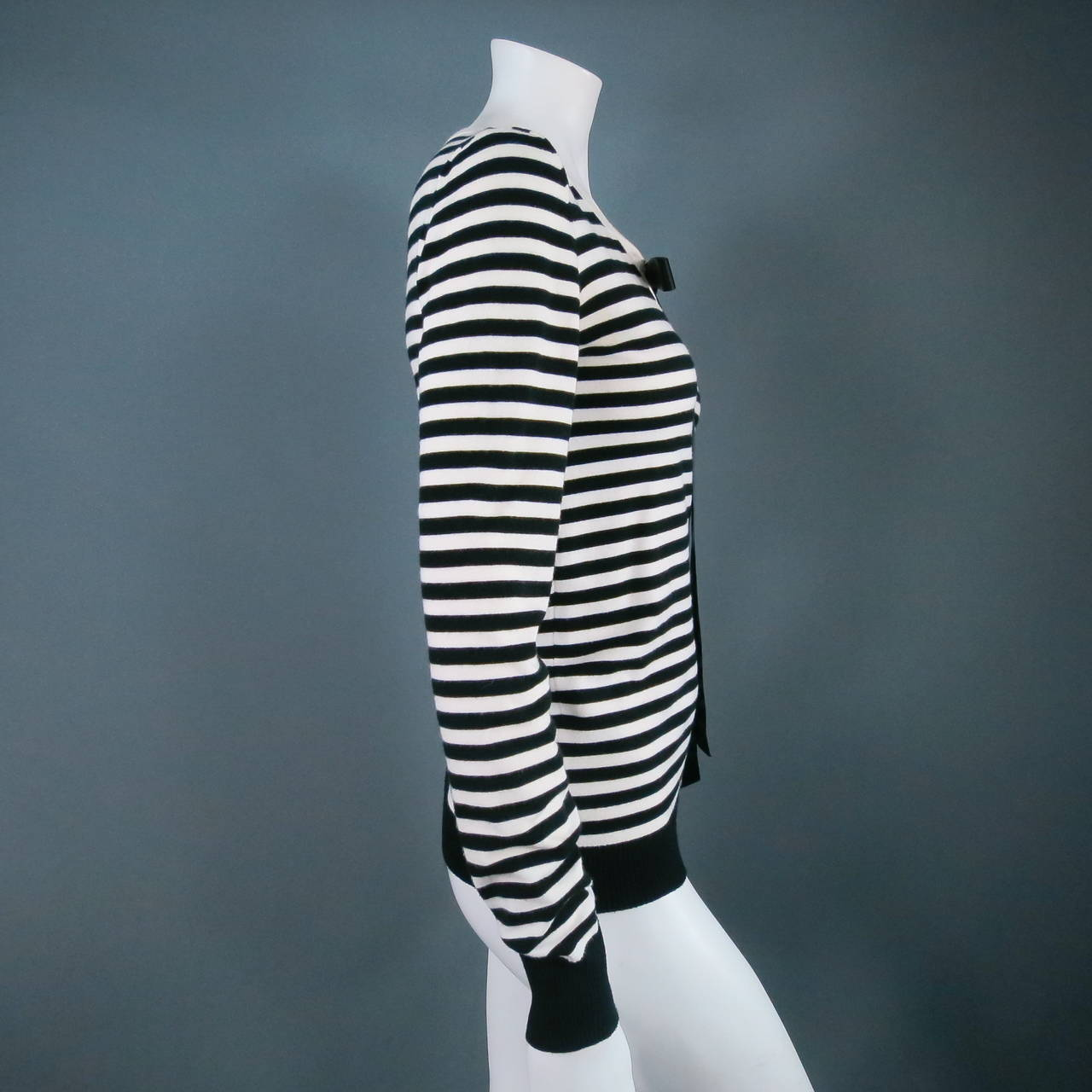 Classic CHANEL Size 6 Black and White Viscose Blend Stripe Sailor Sweater In Excellent Condition For Sale In San Francisco, CA