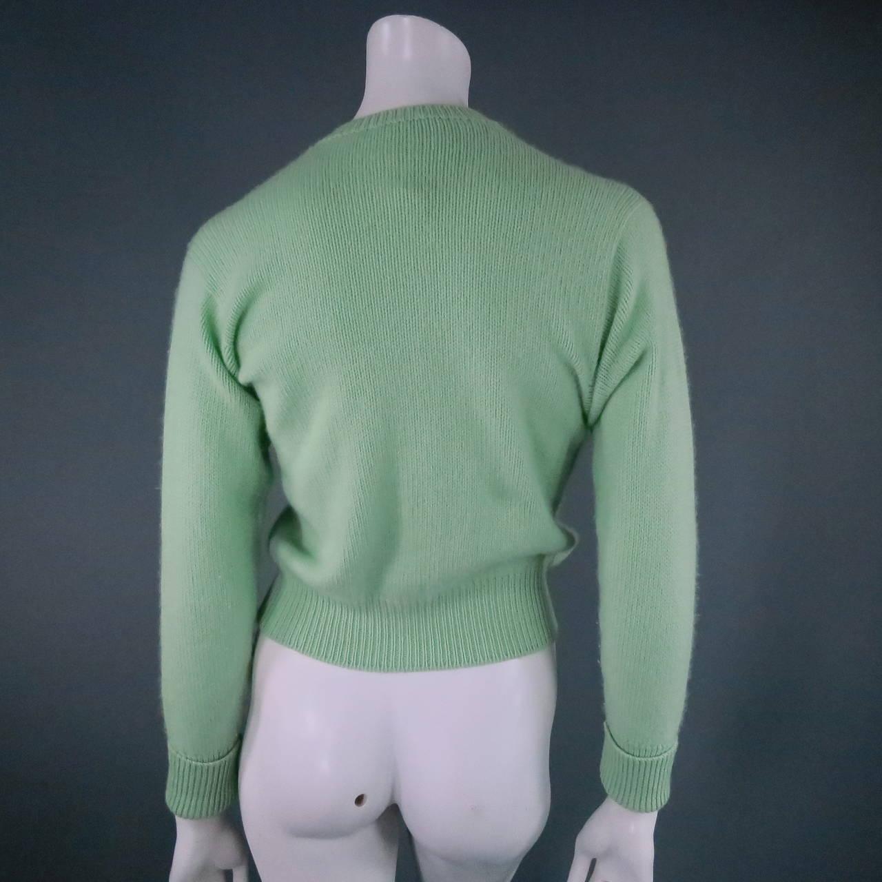 Vintage CHANEL Size M Mint Green Cashmere Cardigan 3