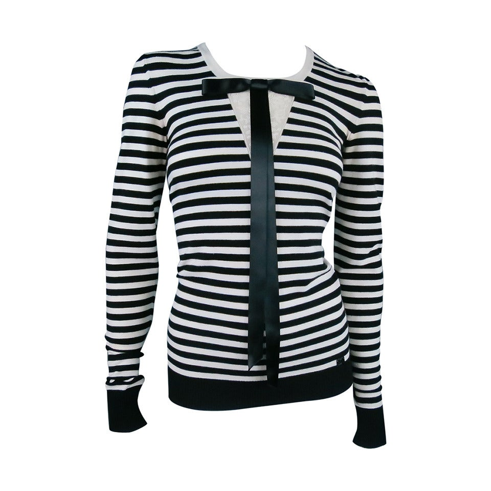 Classic CHANEL Size 6 Black and White Viscose Blend Stripe Sailor Sweater For Sale