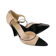 CHANEL Size 10 Beige Black Silk Ankle-Strap Pointed Pumps