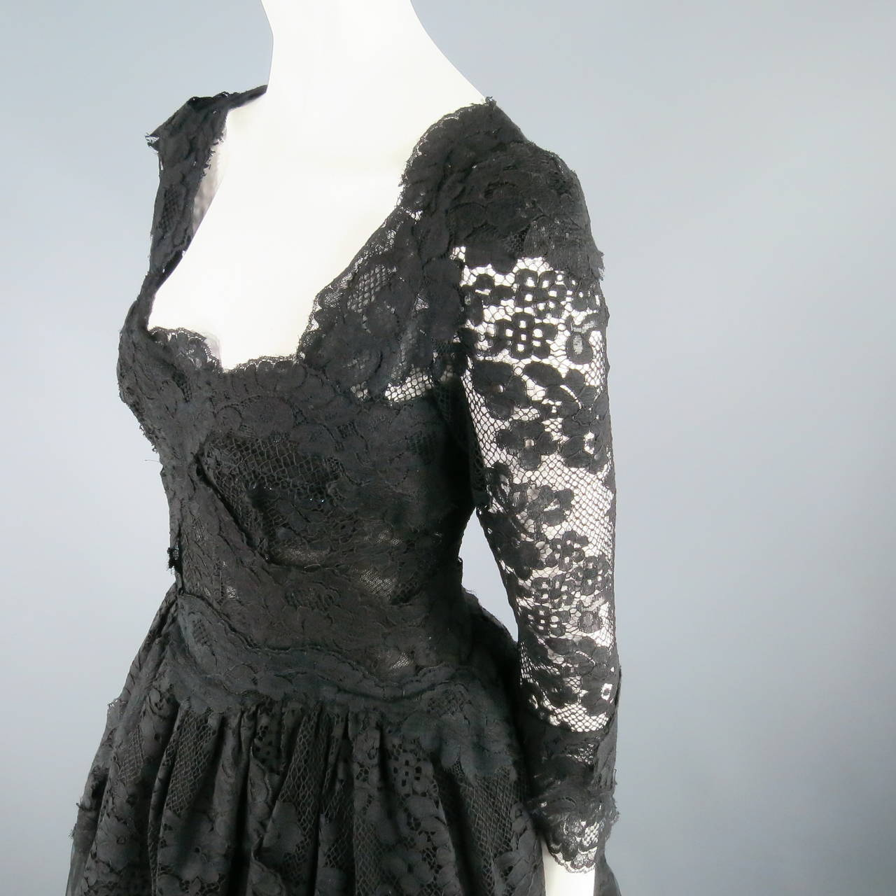 DOLCE & GABBANA Size 6 Black Lace Cocktail Dress For Sale 1