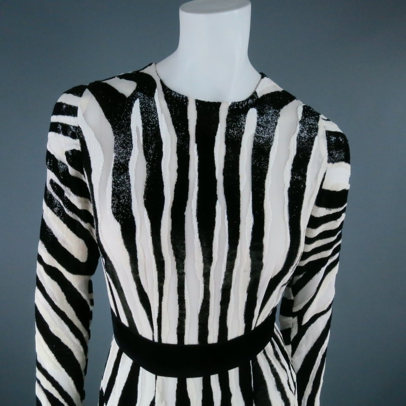 Fall 2013's TOM FORD Size 6 Zebra Tinsel Silk Pleated Dress For Sale 6