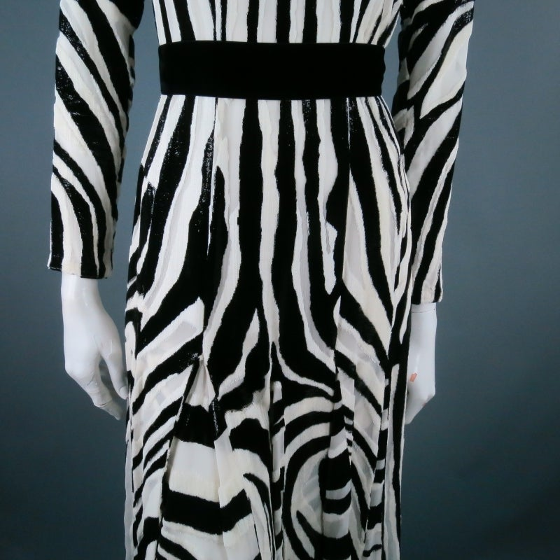 Fall 2013's TOM FORD Size 6 Zebra Tinsel Silk Pleated Dress For Sale 5