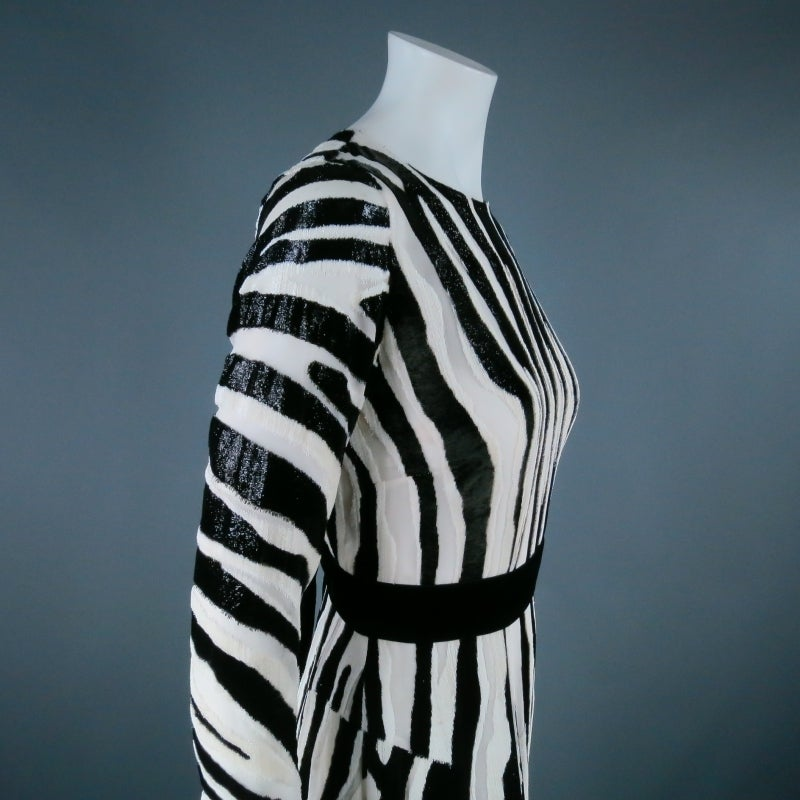 Fall 2013's TOM FORD Size 6 Zebra Tinsel Silk Pleated Dress In Excellent Condition For Sale In San Francisco, CA