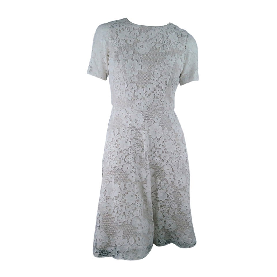 MONIQUE LHUILLIER Size 4 Off White Crochet Lace Cocktail Dress 1