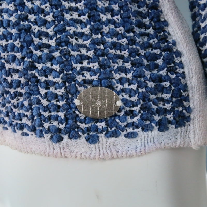 CHANEL Size 12 Blue/White Cotton Blend 3/4 Sleeve Sweater/  2001 For Sale 1