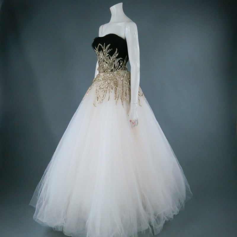 Women's MARCHESA Size 4 Off White Silk Tulle Gown/Evening Wear For Sale
