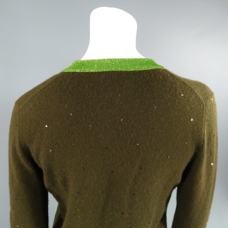 Women's CHANEL Size 6 Olive Sequin Cashmere Green Sparkle Lurex Trim Cardigan Set 1998 For Sale