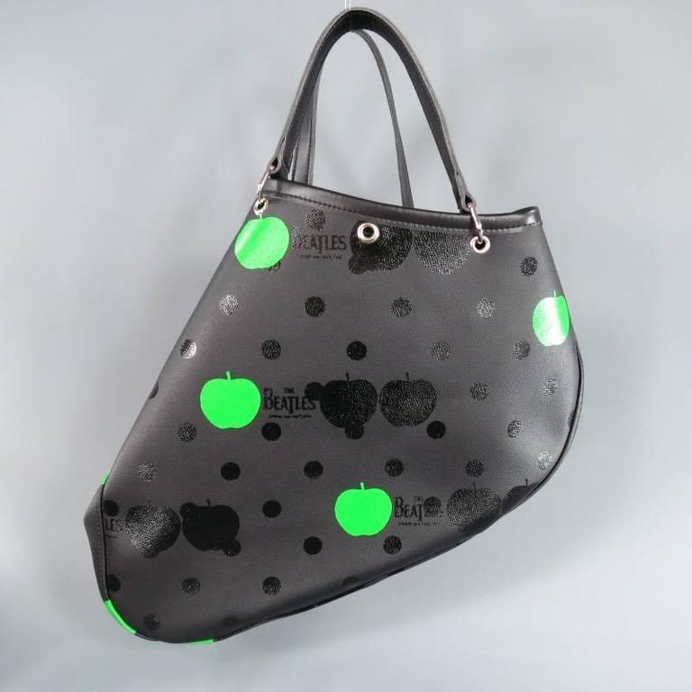 302b1e56fe7c COMME des GARCONS x THE BEATLES Black Polka Dot and Green Apple ...