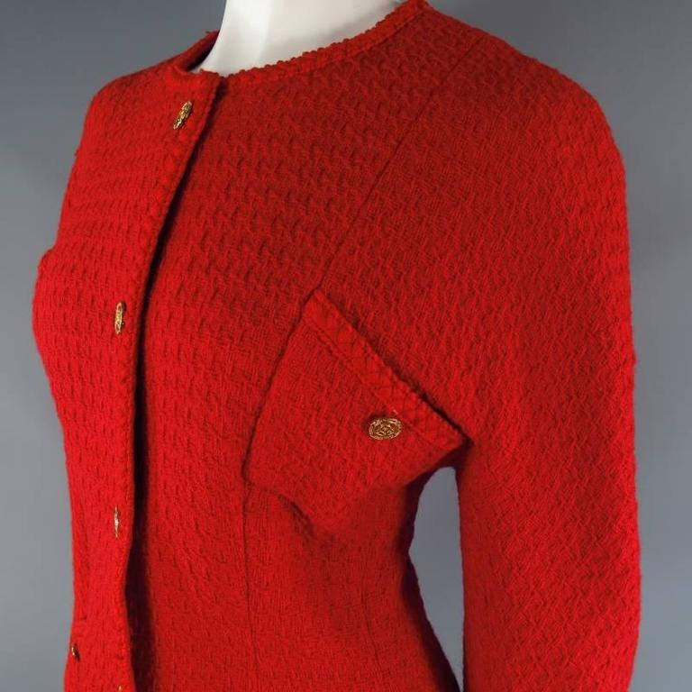 Vintage 1980s 1990s CHANEL Size M Red Wool Tweed Gold Button Hourglass Jacket 9