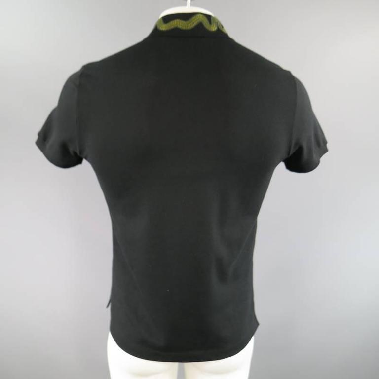 9fde49f01d2 GUCCI Size S Black Pique Green Snake   Gold Bee Applique Collar POLO For  Sale 4