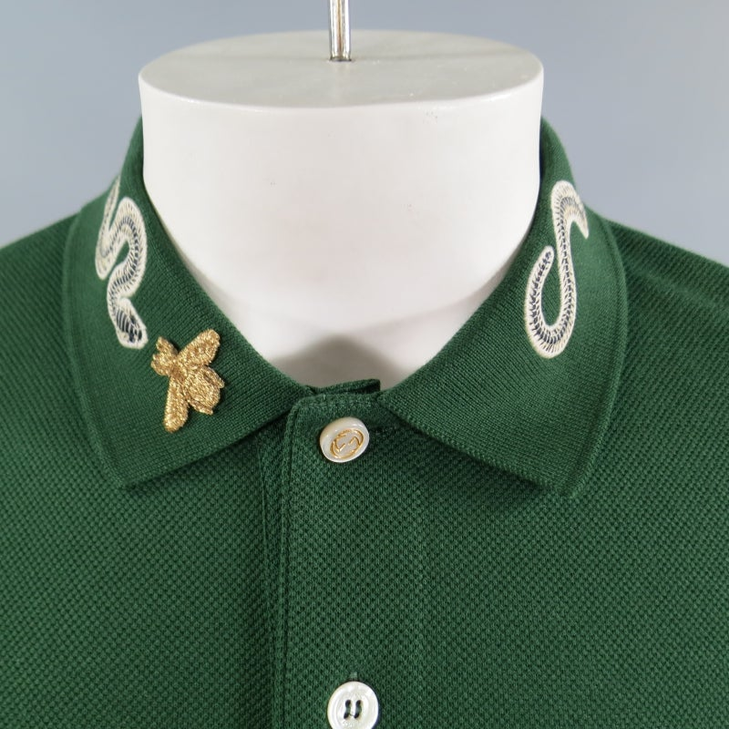 03017ccc5 GUCCI Size S Mens Green Pique Snake and Gold Fly Applique Collar POLO at  1stdibs
