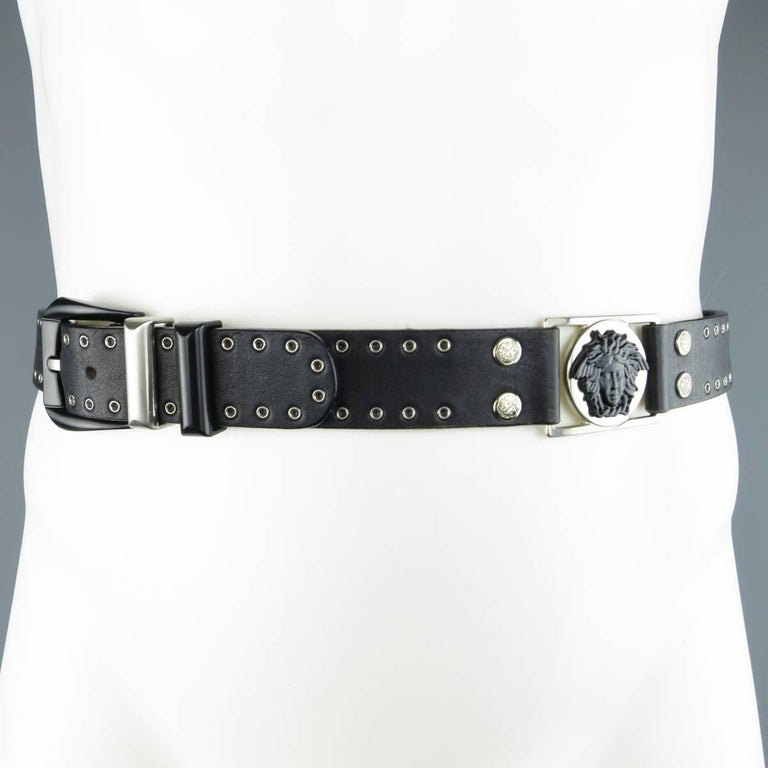 GIANNI VERSACE 30 Black Grommet Leather Matte Silver & Black Medusa Belt In Excellent Condition For Sale In San Francisco, CA