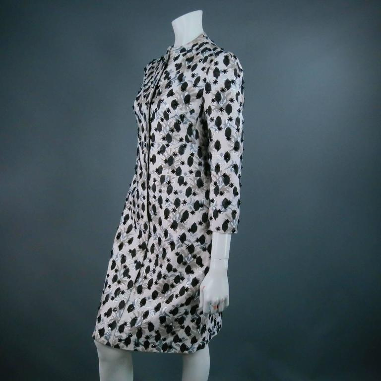 GIAMBATTISTA VALLI Size S Gray Brocade/ Floral Beaded Holiday Coat Dress 2