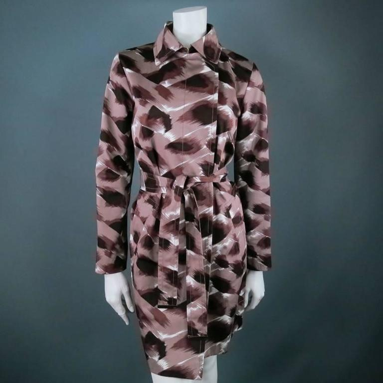 GUCCI Size 6 Taupe Cotton Marble Brush Stroke Print Belted Trenchcoat For Sale 2