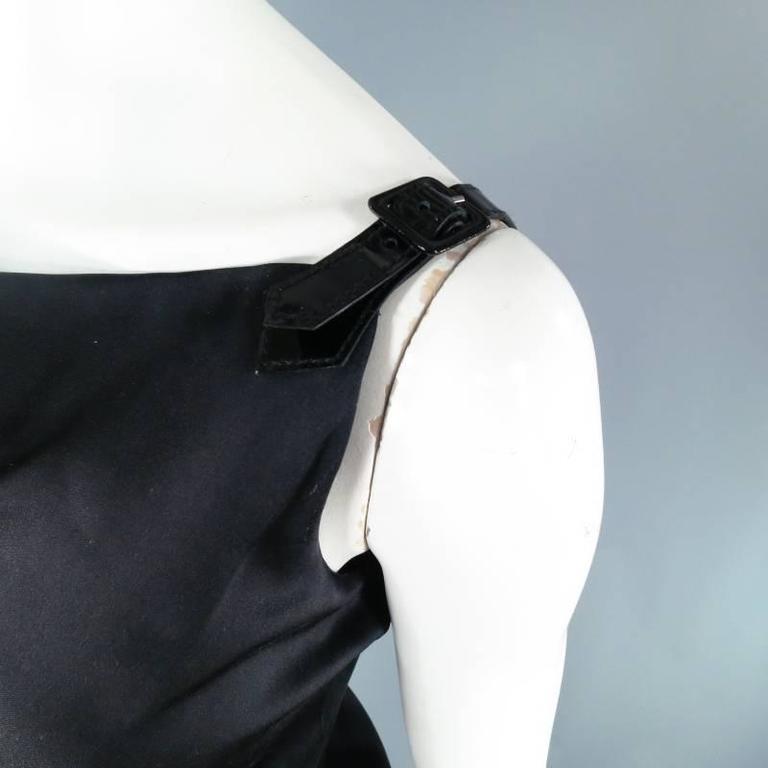 Women's ALEXANDER MCQUEEN Size 6 Black Silk Moon Print Belt Strap Blouse For Sale