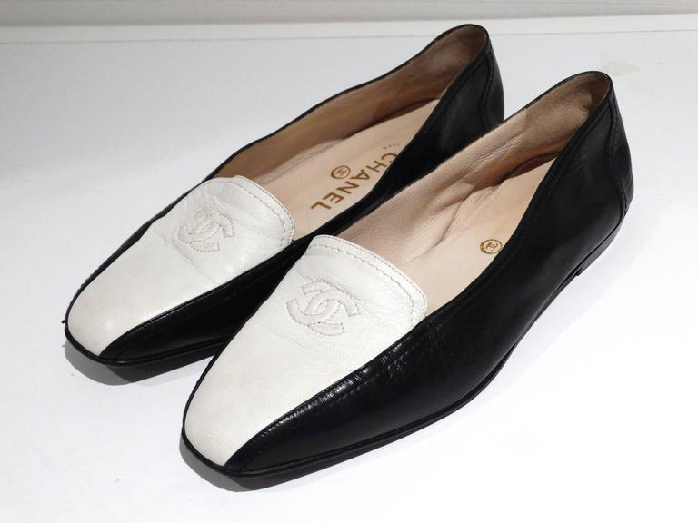 1984 Chanel Two-Tone Loafer  3